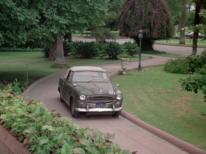 1960 peugeot 403 cabriolet in columbo old fashioned murder 1976. Black Bedroom Furniture Sets. Home Design Ideas