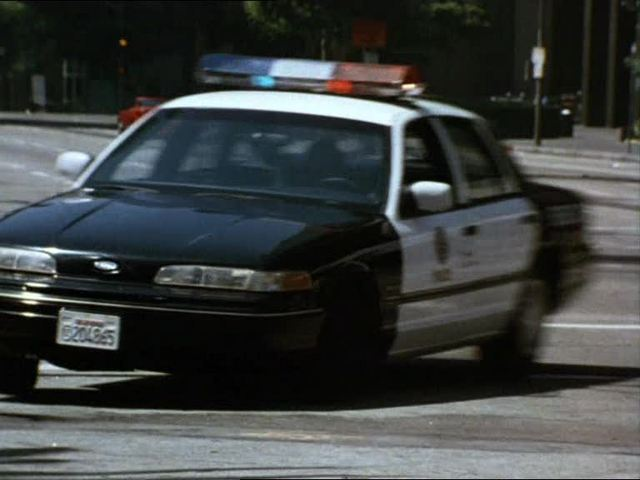 "IMCDb.org: 1992 Ford Crown Victoria in ""Recoil, 1998"""