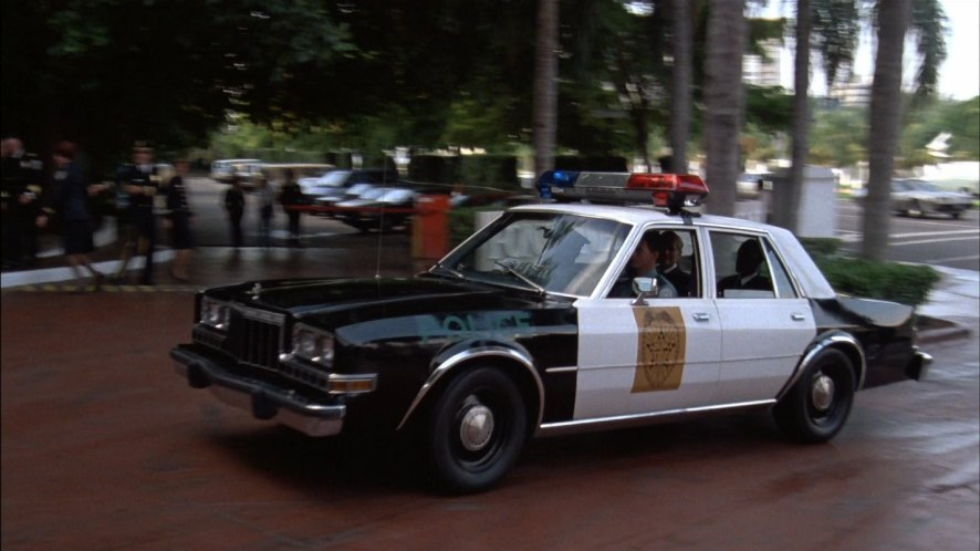 """Used Cars Miami >> IMCDb.org: 1981 Dodge Diplomat in """"Police Academy 5 ..."""