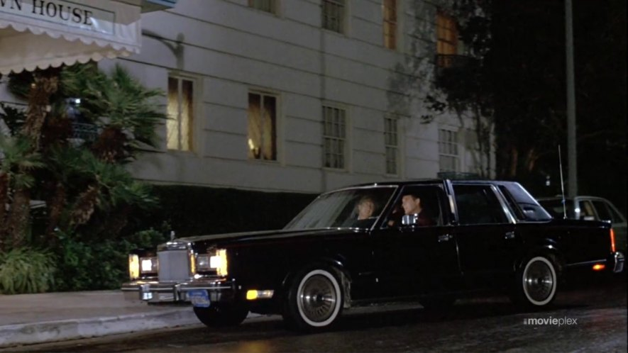 Imcdb Org 1982 Lincoln Town Car Signature Series In The Woman In