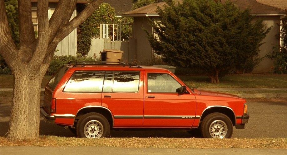 "IMCDb.org: 1994 Chevrolet S-10 Blazer in ""Erin Brockovich ..."