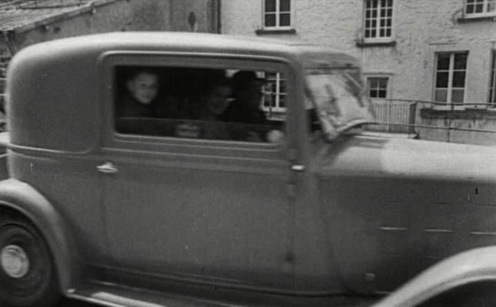 1933 citro n 10 faux cabriolet 5 places in le train 1973. Black Bedroom Furniture Sets. Home Design Ideas