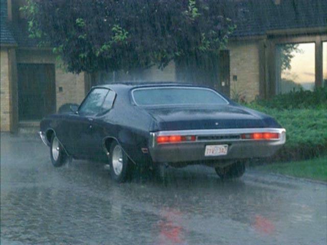 IMCDb.org: 1970 Buick Skylark Custom Sport Coupe [44437] in