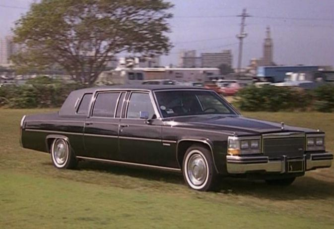 IMCDb.org: 1983 Cadillac Fleetwood Limousine in
