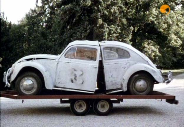 """IMCDb.org: 1963 Volkswagen 1200 'Herbie' [Typ 1] in """"Ein Käfer geht aufs Ganze, 1971"""""""