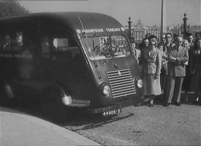 1947 renault 1000 kg car r2060 in nous irons paris 1950. Black Bedroom Furniture Sets. Home Design Ideas