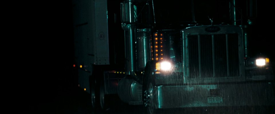 """Smokey And The Bandit Trailer >> IMCDb.org: Peterbilt 379 in """"The Hitcher, 2007"""""""