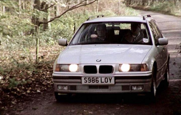bmw 318i. 1998 BMW 318i Touring SE [E36]