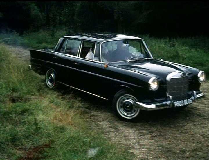 1962 mercedes w110 partsopen for 1962 mercedes benz