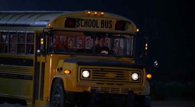 Blue Bird Bus >> IMCDb.org: 1984 Chevrolet B-Series Blue Bird in ...
