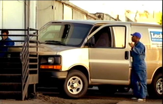 2003 Chevrolet Express [GMT600]