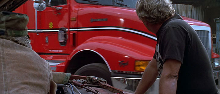 "Used International Trucks >> IMCDb.org: International 9400 Eagle in ""Black Dog, 1998"""