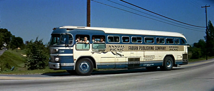 1953 GM PD 4103 Greyhound Inter City Bus