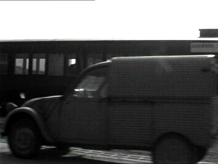 imcdb org  1961 citro u00ebn 2cv azu gla u00e7auto in  u0026quot m u00e9tamorphoses du paysage  1964 u0026quot