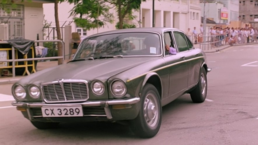 1974 Jaguar XJ6 [Series II]