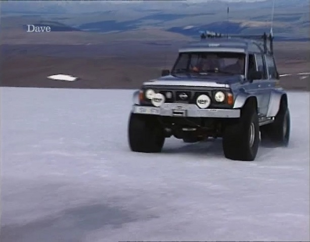 1992 nissan patrol gr y60 in jeremy clarkson. Black Bedroom Furniture Sets. Home Design Ideas