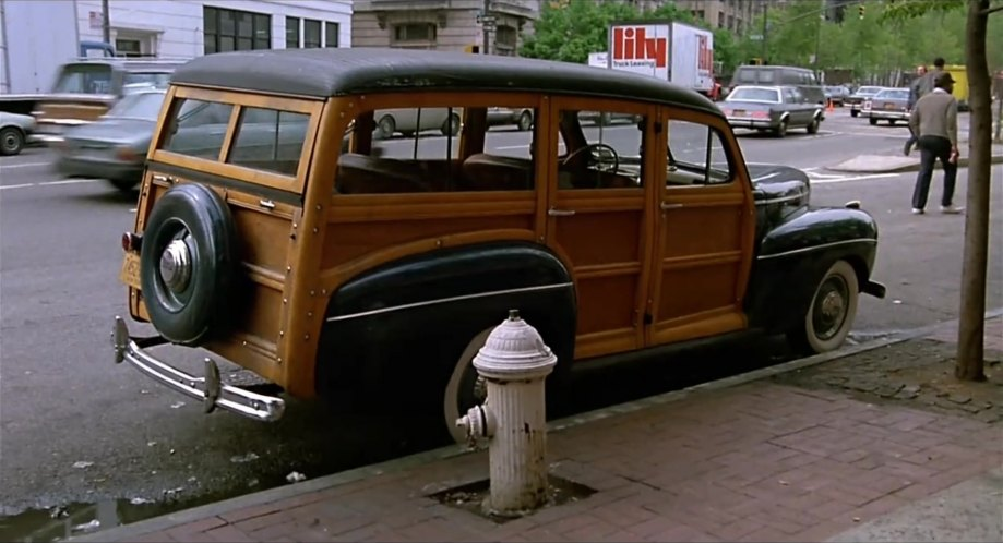 1941 Ford Super De Luxe Station Wagon