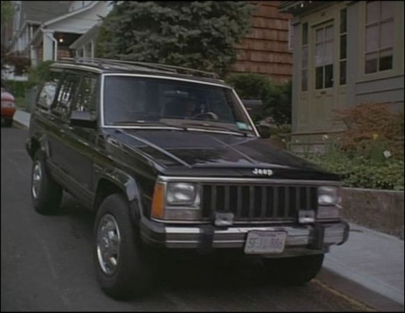 Imcdb Org 1987 Jeep Cherokee Laredo Xj In The Last Seduction 1994