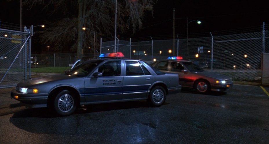 Imcdb Org 1990 Oldsmobile Cutlass Supreme In Quot Robocop 3