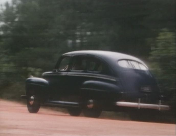 1941 Ford De Luxe Fordor [11A]