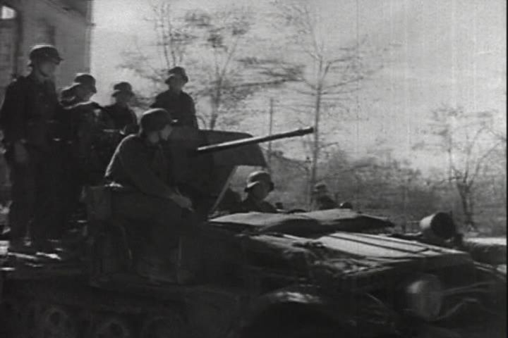 1937 DEMAG D 7 l. Zgkw. 1t, Sd.Kfz.10/4 with 2-cm-Flak 30