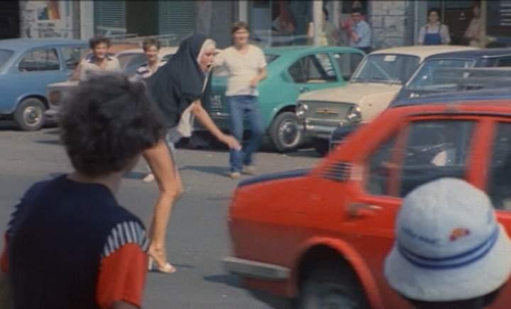 scusi lei è normale (1979)