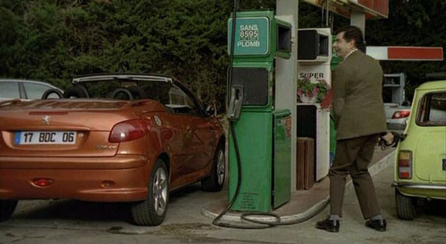 Imcdb Org 2001 Peugeot 206 Cc In Mr Bean S Holiday 2007