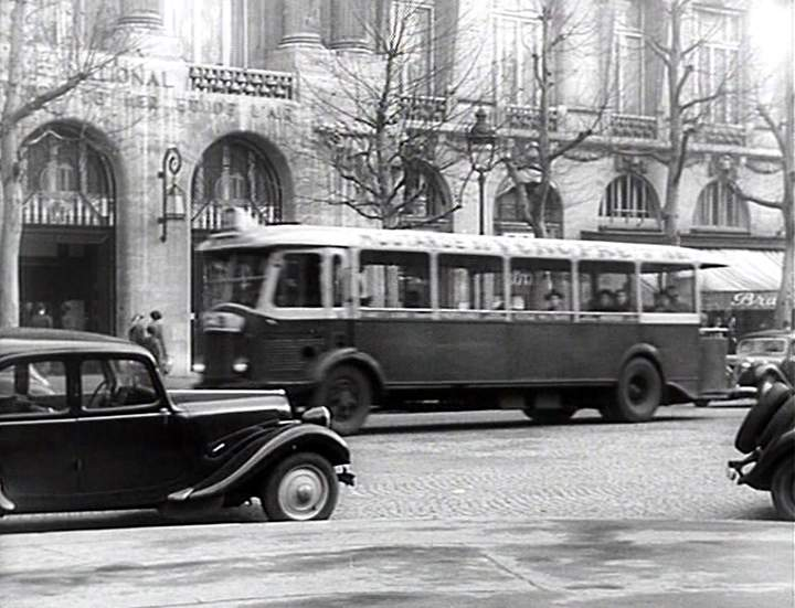 1936 renault tn4hp in casimir 1950. Black Bedroom Furniture Sets. Home Design Ideas