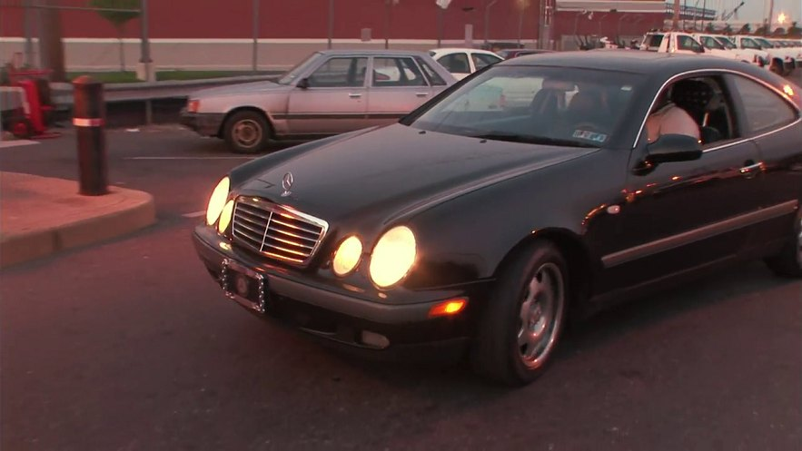 1997 mercedes benz clk c208 in parking wars for Mercedes benz clk 2012