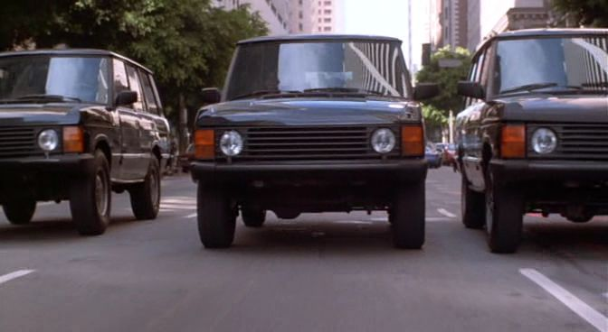 Rover Range Rover Series I nel film Playing God