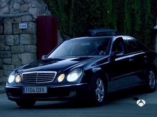 2006 mercedes benz e 420 cdi w211 in cazadores de hombres 2008. Black Bedroom Furniture Sets. Home Design Ideas