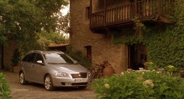 2006 fiat croma 194 in vicky cristina. Black Bedroom Furniture Sets. Home Design Ideas
