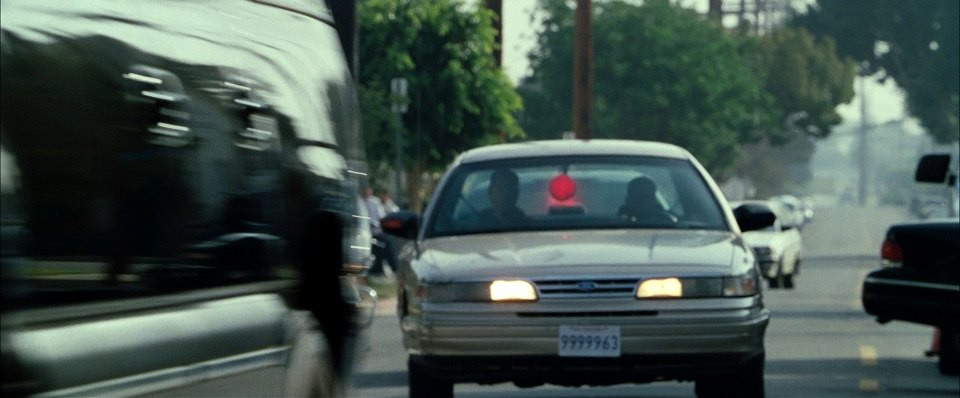 "IMCDb.org: 1995 Ford Crown Victoria in ""S.W.A.T., 2003"""