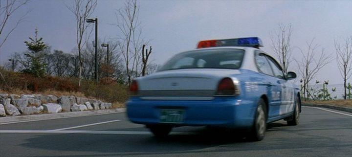 "IMCDb.org: 1998 Hyundai Sonata [EF] in ""Gonggongui jeog 2 ..."