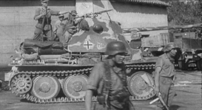 """IMCDb.org: 1942 BMM Marder III Sd.Kfz.138 Ausf.H In """"Die"""