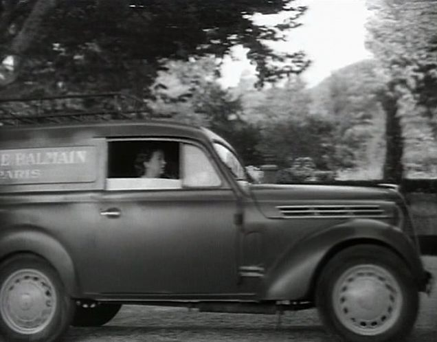 1946 renault juvaquatre camionnette 300 kg type ahg2 in la v rit sur b b donge. Black Bedroom Furniture Sets. Home Design Ideas