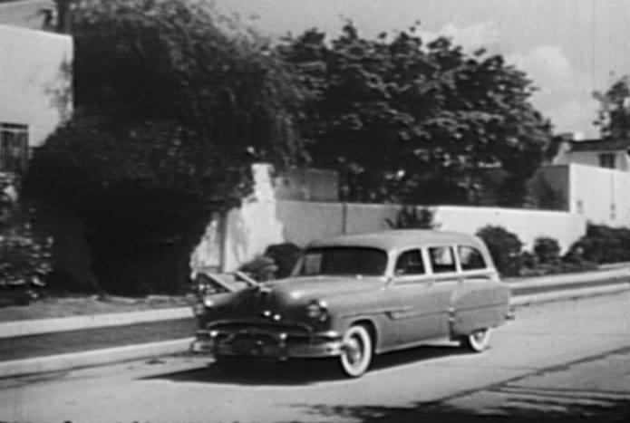 1953 Pontiac Chieftain De Luxe Station Wagon [2562DF]