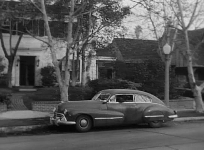 1947 Oldsmobile 98 Custom Cruiser Club Sedan [3907]