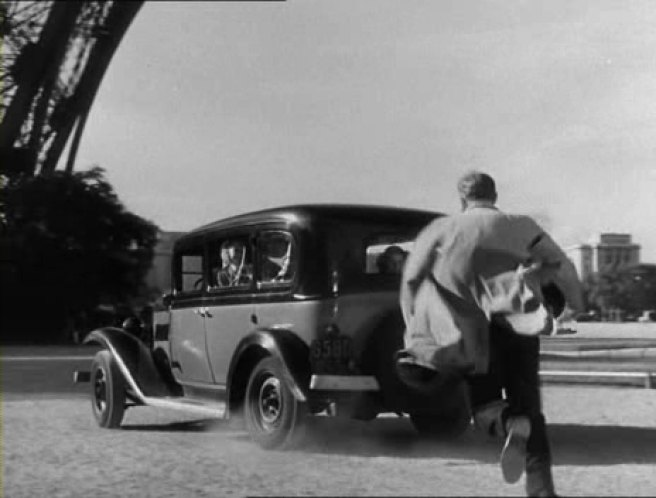 1933 renault taxi g7 type kz11 in the lavender hill mob 1951. Black Bedroom Furniture Sets. Home Design Ideas