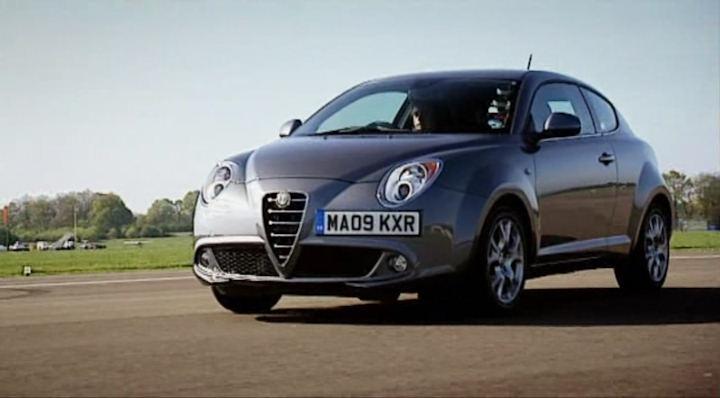 IMCDb org: 2009 Alfa Romeo MiTo 1 4 Lusso 95 [955] in