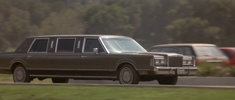 Imcdb Org 1988 Lincoln Town Car Stretched Limousine In Memoirs Of