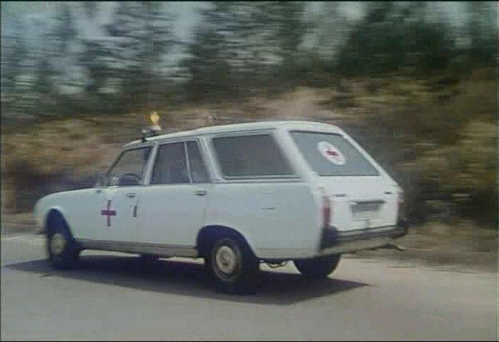 Imcdb Org 1980 Peugeot 504 Ambulancia In Quot Apocalipsis