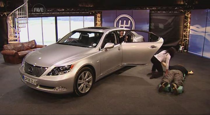 2008 lexus ls 600h l uvf46 in fifth gear. Black Bedroom Furniture Sets. Home Design Ideas