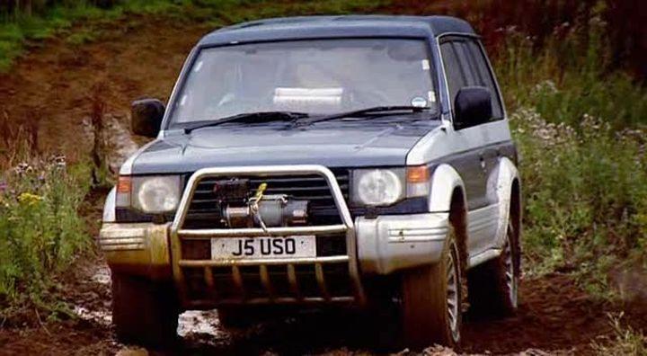IMCDb org: 1992 Mitsubishi Shogun V6 3000 [V43W] in