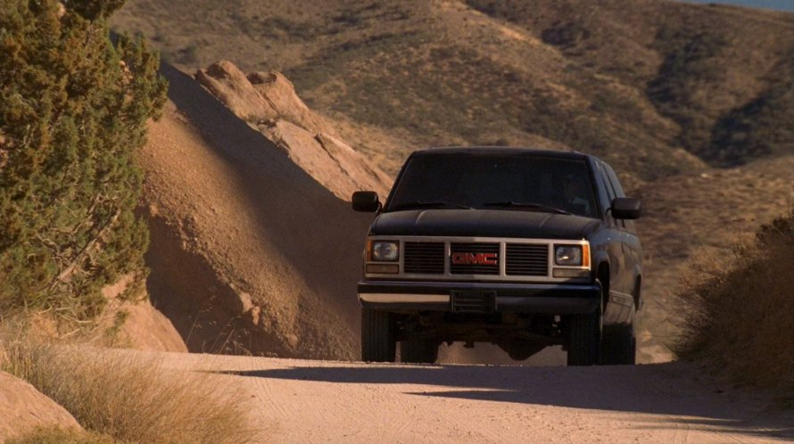 """IMCDb.org: 1992 GMC Suburban 2500 SL in """"Crossing Jordan, 2001-2007"""""""
