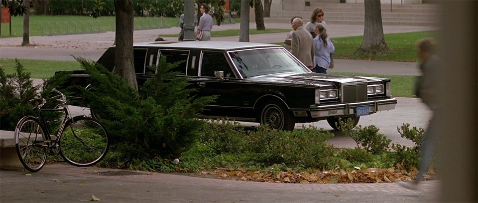 1981 lincoln town car stretched limousine in prince of darkness 1987. Black Bedroom Furniture Sets. Home Design Ideas