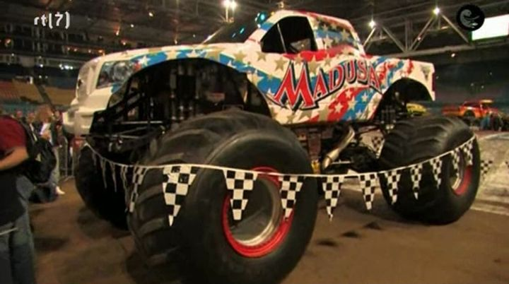 IMCDborg Custom Made Monster Truck Madusa in RTL Wannahaves
