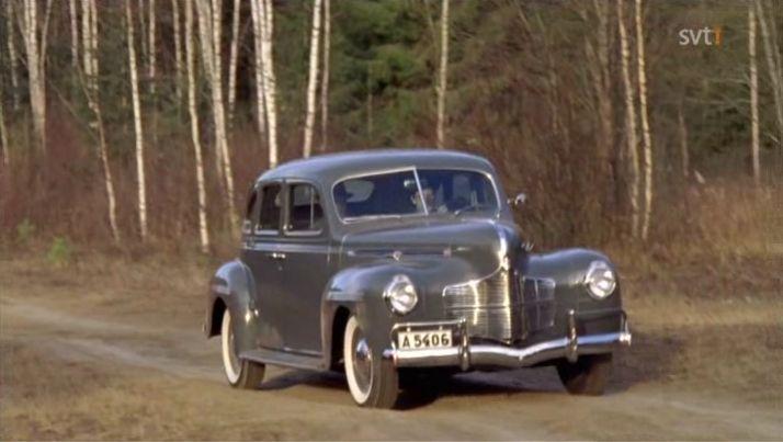 1940 dodge luxury liner de luxe sedan d 14 in for 1940 dodge 4 door sedan