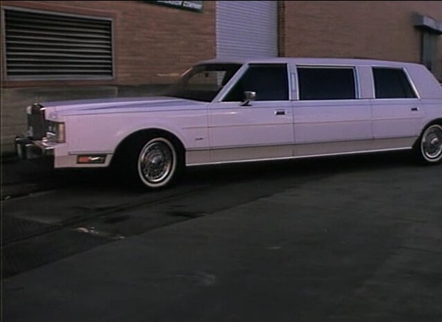 Imcdb Org 1988 Lincoln Town Car Stretched Limousine In The