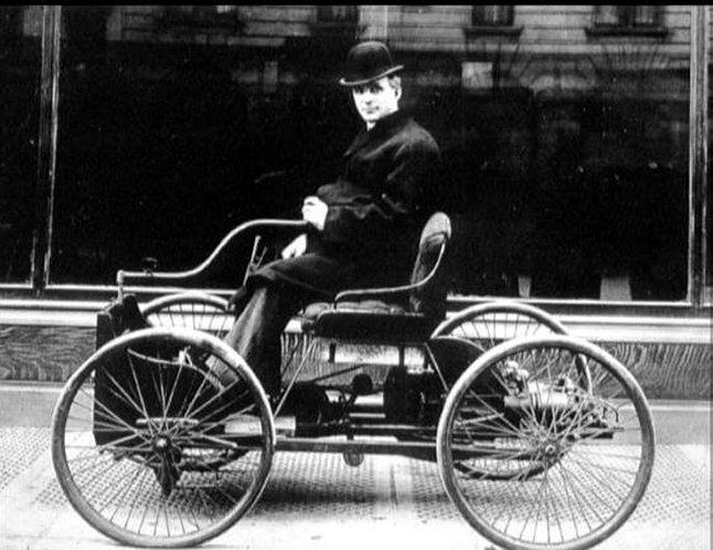 قصة نجاح هنري فورد – رائد صناعة السيارات